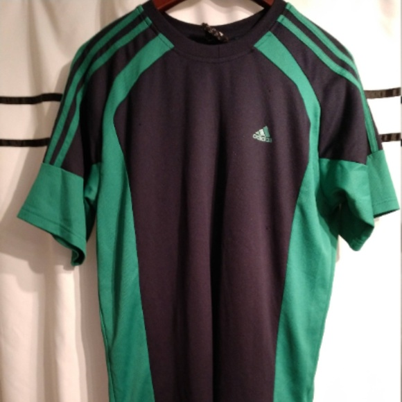 052f748be0fff Classic Adidas Lightweight S/S Sports T-Shirt (M)